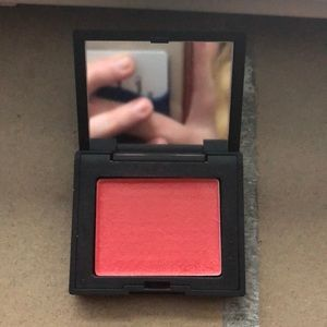 NARS mini blush in Orgasm X